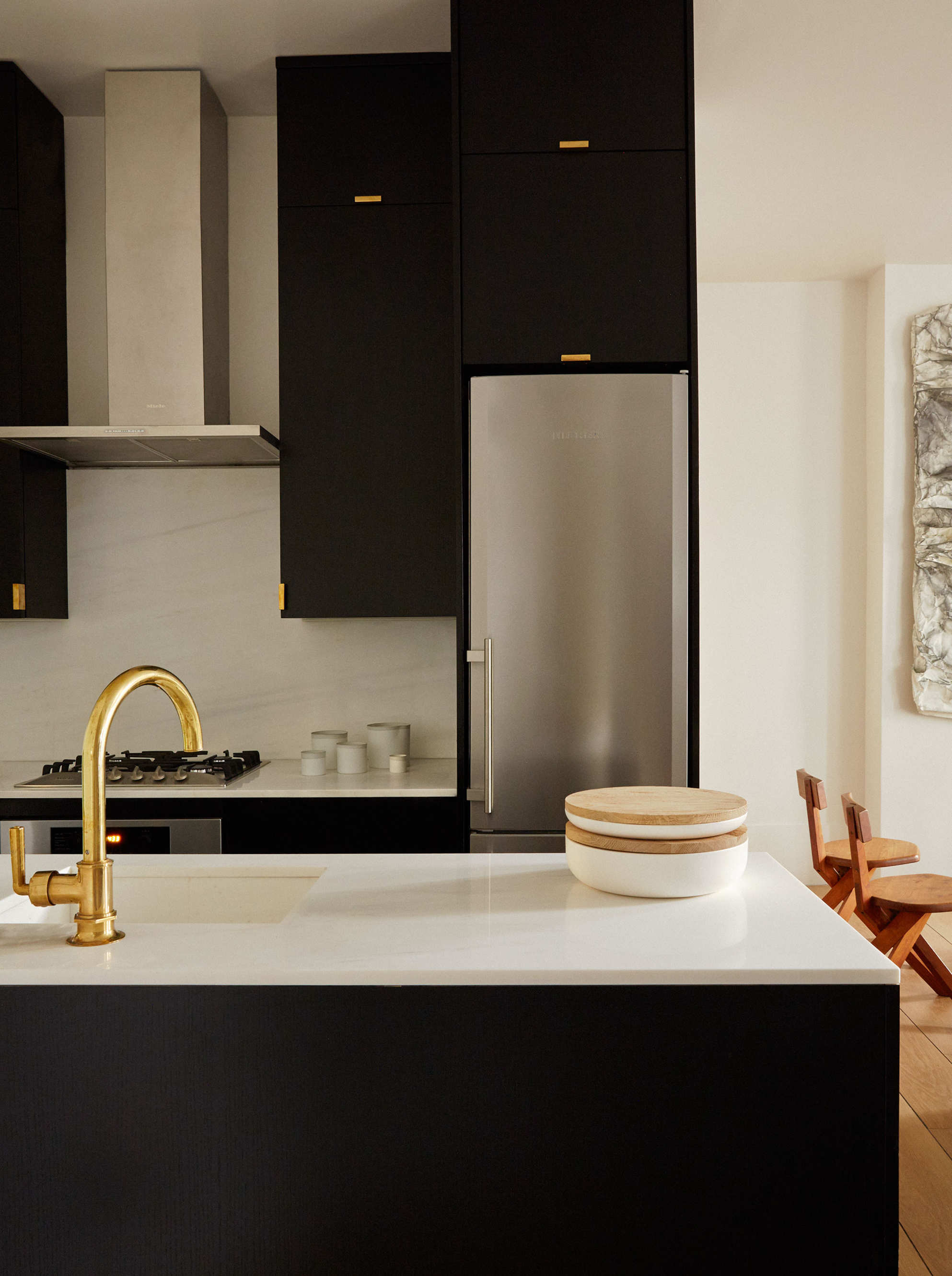tour the newly renovated abingdon guest house by ash nyc